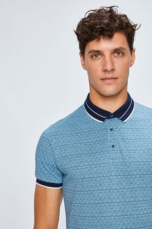 Koszulki męskie polo — dlaczego wciąż są modne?