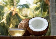 Olej kokosowy na włosy